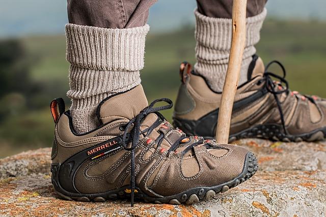 shoes-587648_640