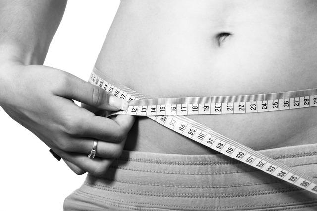 アプリ「楽々カロリー」でレコーディングダイエットしたら1ヶ月で2.5kg減量できた