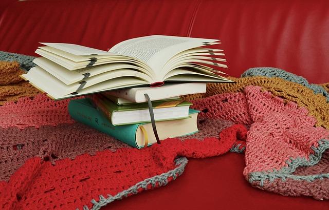 books-818772_640