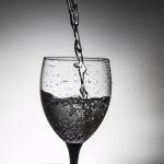 glass-783680_640