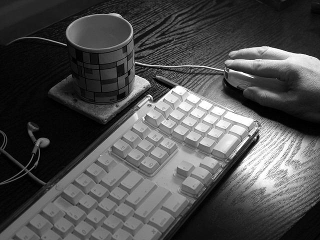 ブログを毎日継続するのに行った事は「やる気を上げる」ではなく「継続できる仕組み」にこだわること