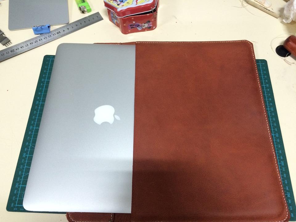 自分の持っているMacが何インチか確認する方法《サク読み記事》