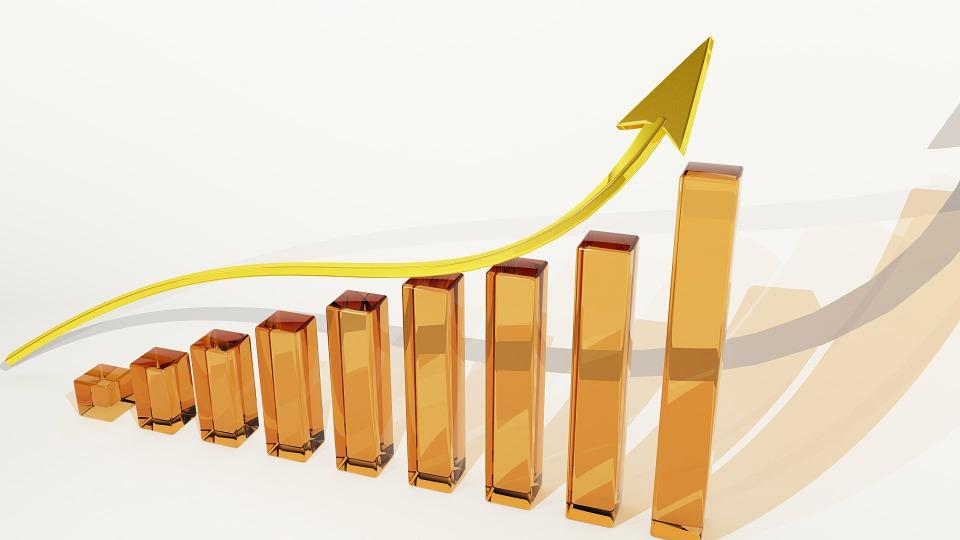 月間1万PV達成!アクセス数を上げるコツは継続的に更新すること