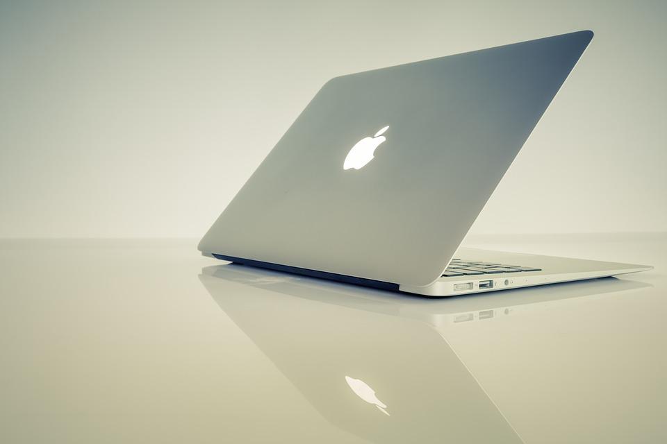 MacBook Airを有線LANでネットに接続する方法