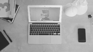 毒舌すぎるブログは最初は面白いが、読み続けるには少々クドい